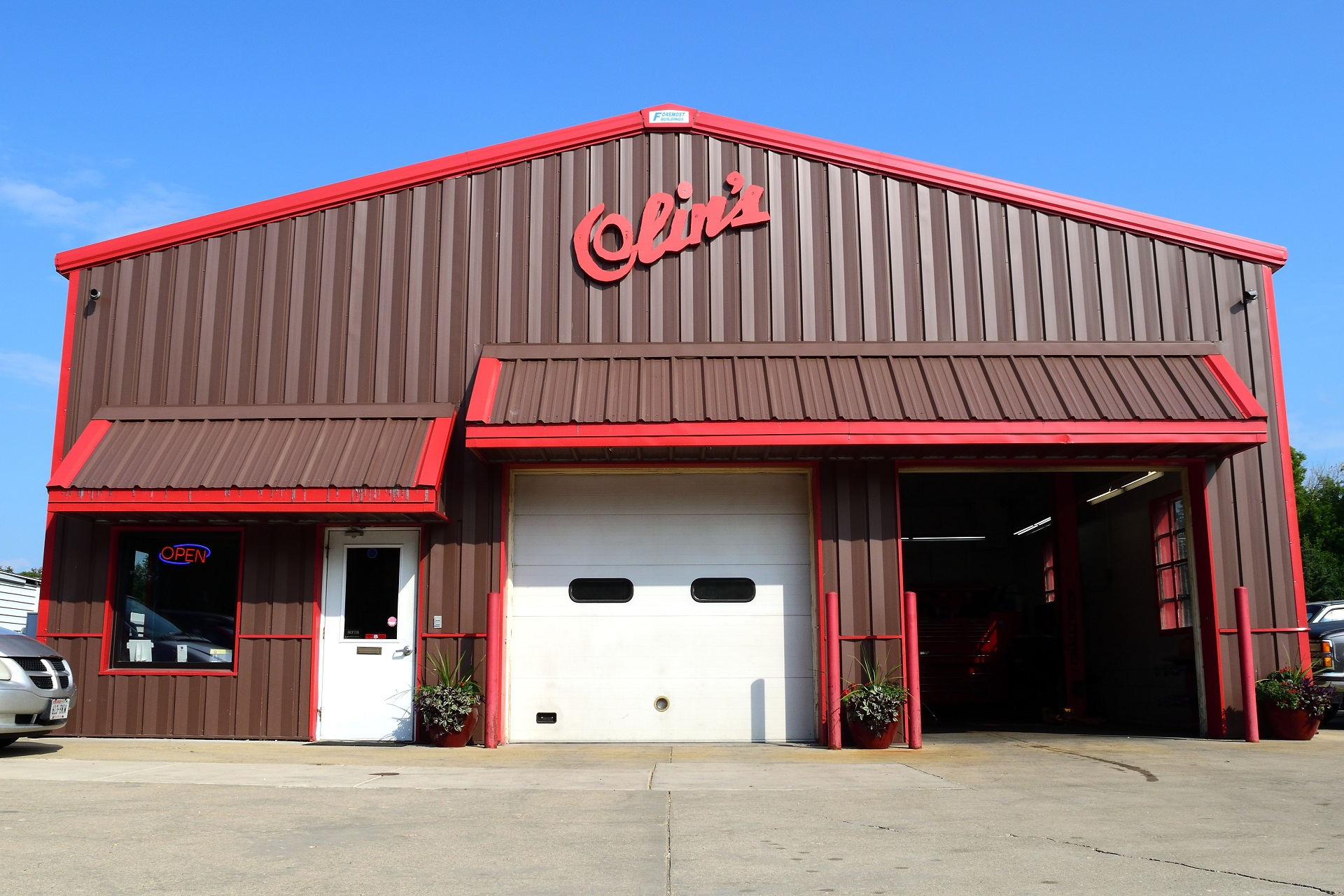 Image of the front of Olin's Auto Service, full service automotive mechanics in Milton, WI